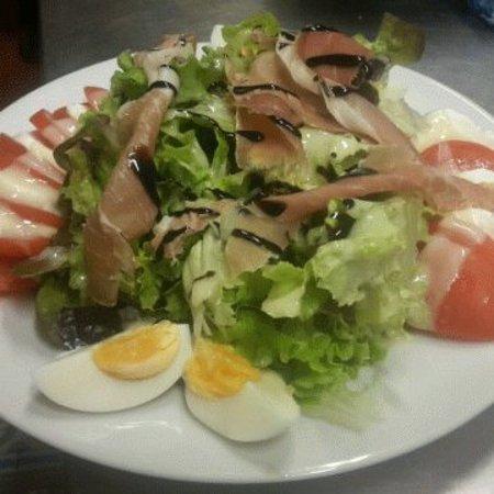 Tarare, Francia: Bien manger dans la joie et la bonne humeur