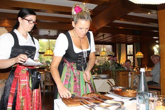 Hotel Schwarzwaldhof: Das Chateaubriand wird am Tisch aufgeschnitten