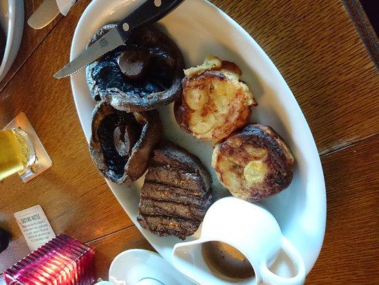 Kidlington, UK: Wonderful fillet of steak ❤