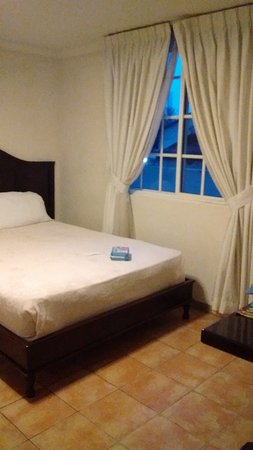 Avila Hotel Panama : Vista 2 Habitacion