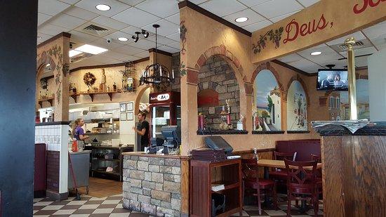 Kernersville, North Carolina: Cagney's Restaurant & Pizzeria