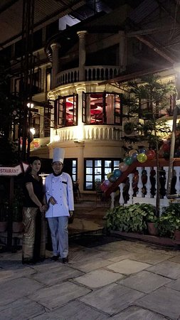 Yin Yang Restaurant : Our very own Thai Chef from day one is back from Thailand