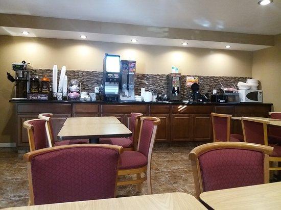 Buttonwillow, CA: Hotel e recepção e café da manhã