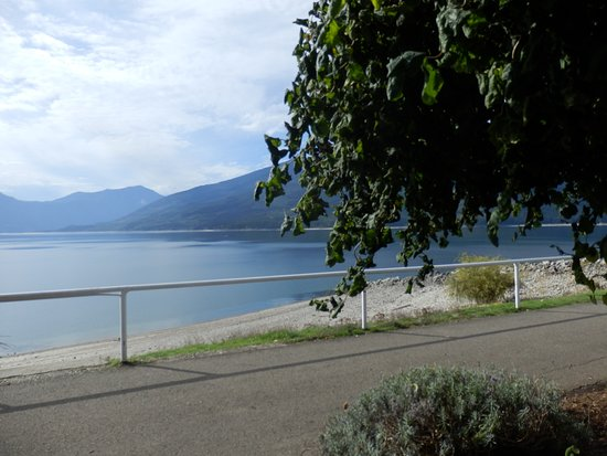 CMH K2 Rotor Lodge: Short Walk to Beautiful Waterfront Walkway