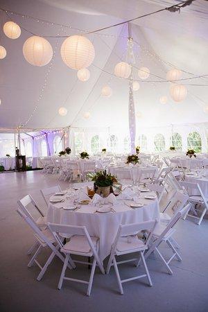 Full Moon Resort: The reception tent