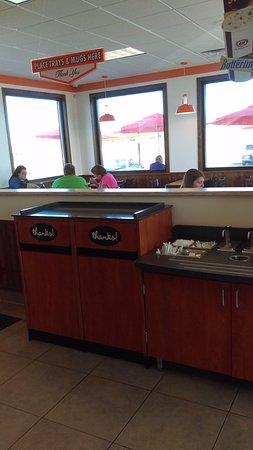 Richmond, MN: Dining Area