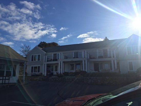 Eagle House Beachside: photo0.jpg