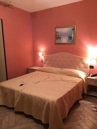 Oltre le aspettative! - Recensioni su Hotel Barbato, Napoli ...