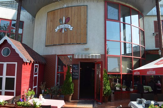 Hotel Marinara: Вход в ресторан
