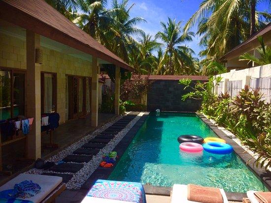 Kelapa Luxury Villas Resmi