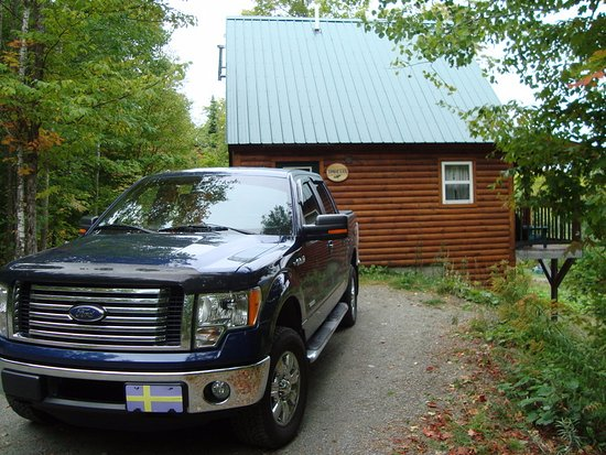 Greenville, ME: cabin from driveway