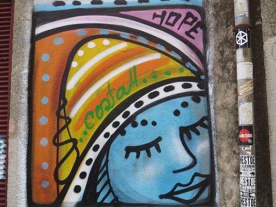 be my guest in porto street art