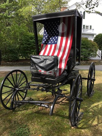 Seekonk, MA: Antique carriage on the grounds at Jacob Hill Inn