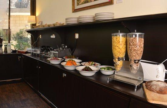 Little House In Rechavia: Breakfast Buffet