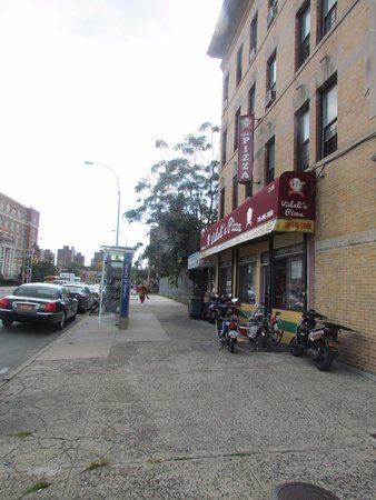 Photo of Restaurant Vidali's Pizza at 3106 21st St, Long Island City, NY 11106, United States