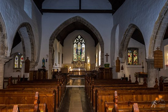 Felpham, UK: St Mary's Church - wnętrze