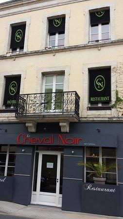 Le Cheval Noir: la façade