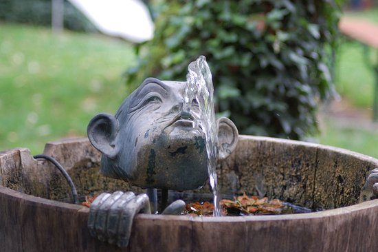 Gengenbach, Jerman: Brunnen Gastraum