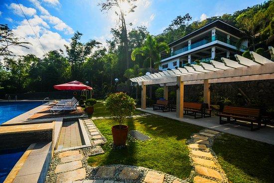 Pool Side | Anilao Awari Bay