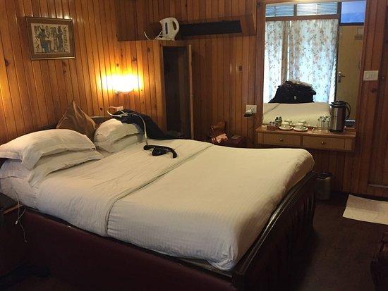 Alka The Lake Side Hotel Nainital Hotel Reviews s Rate