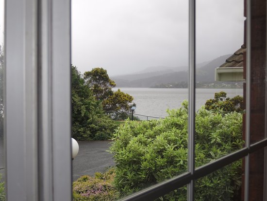 Rosetta, Australia: The view from our bedroom window (on a fairly cloudy day) - yes, the Derwent is right there!