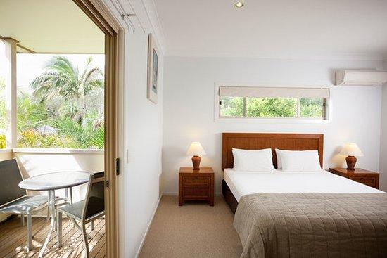 BreakFree Aanuka Beach Resort: Break Free Aanuka Bedroom Resort Spa Villa Bedroom