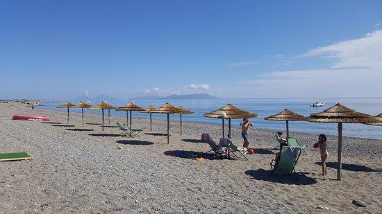 San Giorgio, Włochy: Cicero Beach con vista Eolie