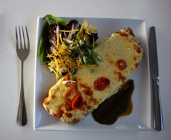 Bexhill-on-Sea, UK: Welsh Rarebit, char grilled radicchio, yellow beetroot