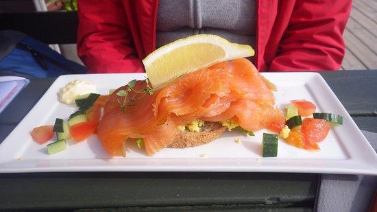 Reine, Noruega: saumon fumé