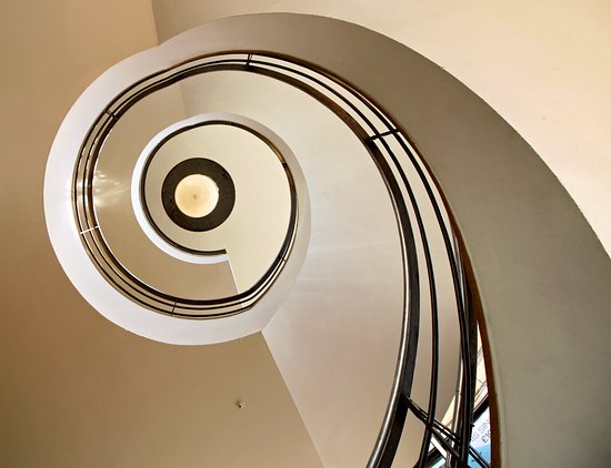 Bexhill-on-Sea, UK: Spiral Stair - Built in 1936. Architects Mendelsohn and Chermayeff.