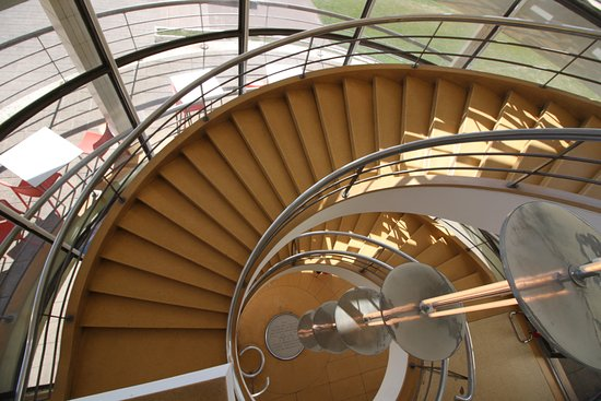 Bexhill-on-Sea, UK: Spiral Stair: Built in 1936. Architects Mendelsohn and Chermayeff.