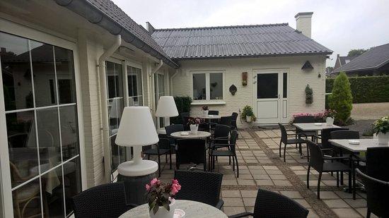Handel, Países Bajos: Outdoor sitting area