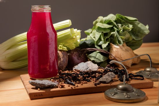 Vegan And Raw: Red Juice