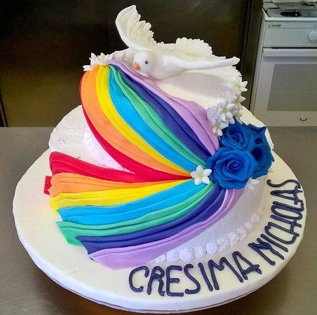 Accessori Cake Design Vicenza : Torta monumentale cake design per cresima - Picture of ...