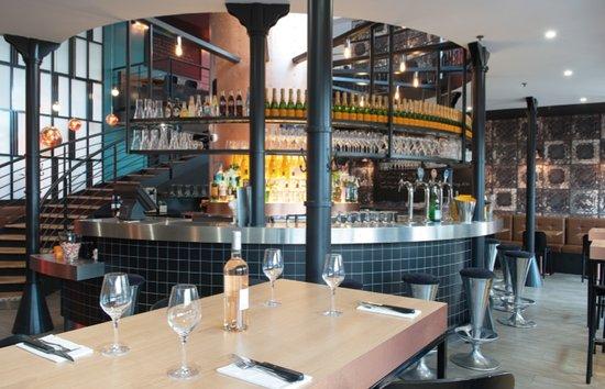 Cafe Charbon : Bar