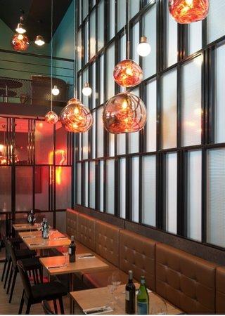 Café Charbon Atlantis : Banquettes intérieures