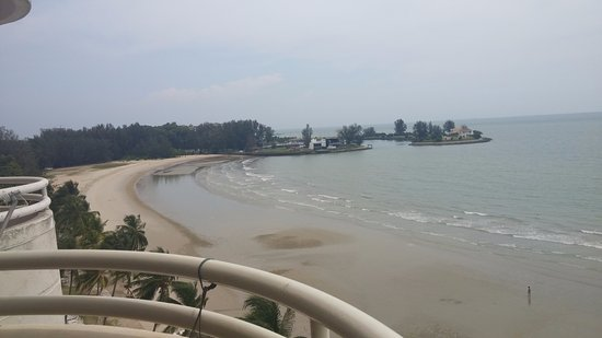 The Regency Tanjung Tuan Beach Resort: Beach