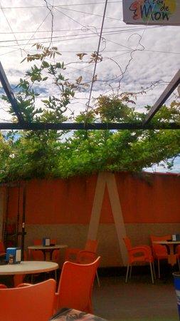 imagen El Bar de Mon en Valdevimbre