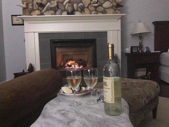 Eastport, Estado de Nueva York: Wine, cheese and the ocean breeze!