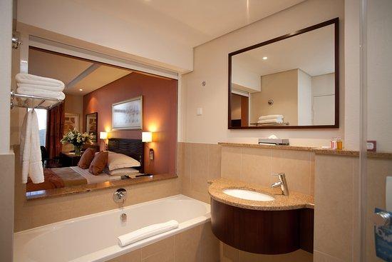 City Lodge Hotel Hatfield: Bathroom
