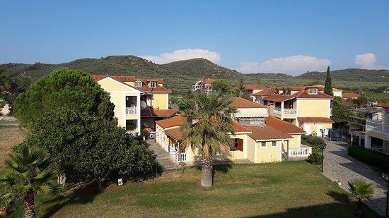 Elpida Hotel: 20160823_175730_large.jpg