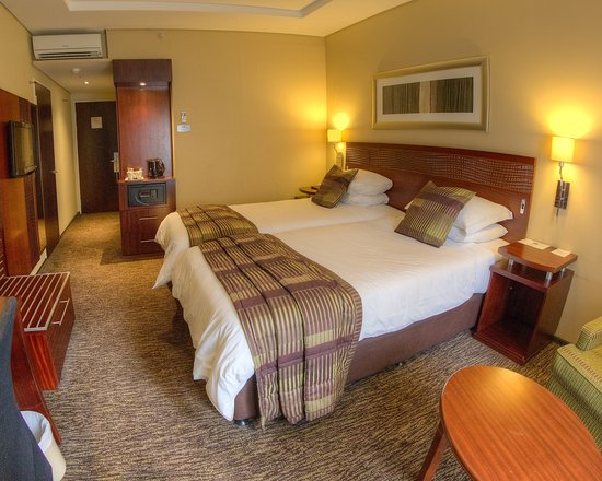 City Lodge Hotel OR Tambo Airport: Twin room