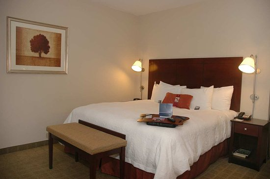 Waxahachie, TX: King Suite Bedroom