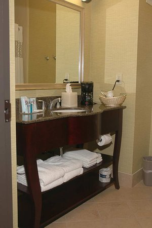 Waxahachie, TX: Bathroom Vanity