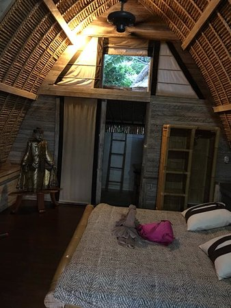 Milo's Home: room. with FAN. all bamboo.. very eco!