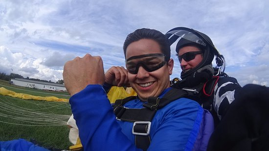 Albion, NY: Congrats on your first tandem skydive!