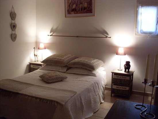 Regusse, Frankrike: chambre SAVANE