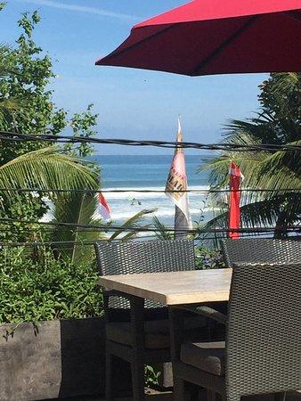 FuramaXclusive Ocean Beach: Август, Бали, Легиан
