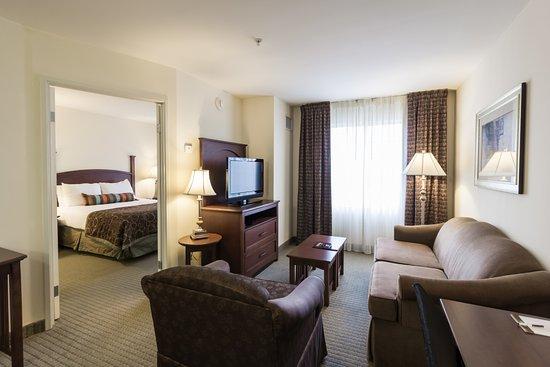 staybridge suites austin airport 95 1 1 2 updated. Black Bedroom Furniture Sets. Home Design Ideas