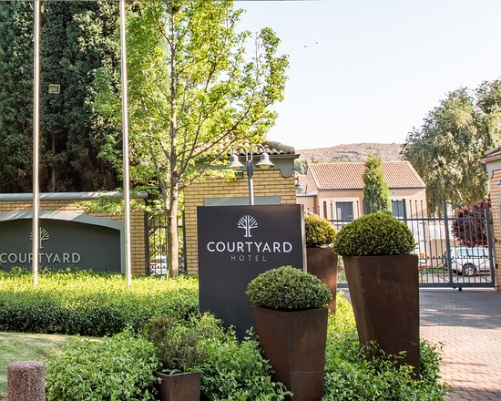 Courtyard Hotel Eastgate Foto